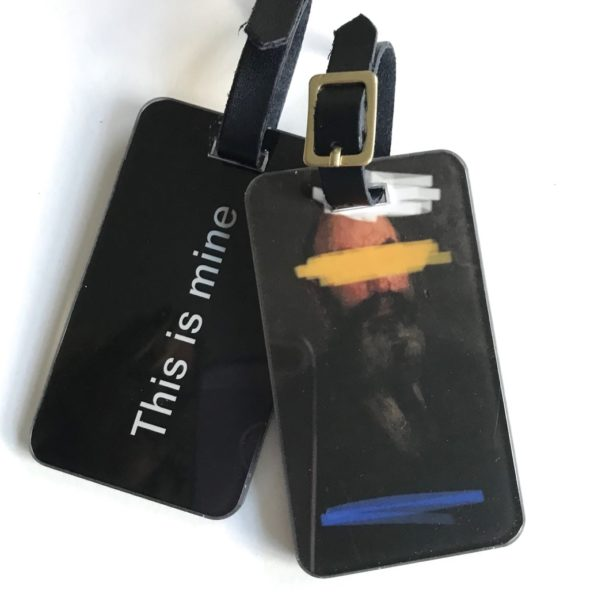incognito luggage tag