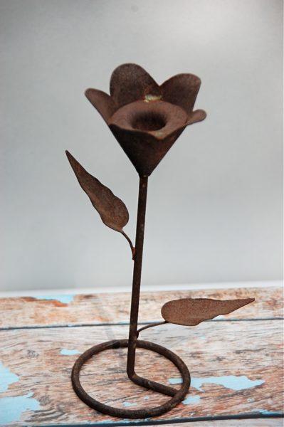 Vintage Iron Flower